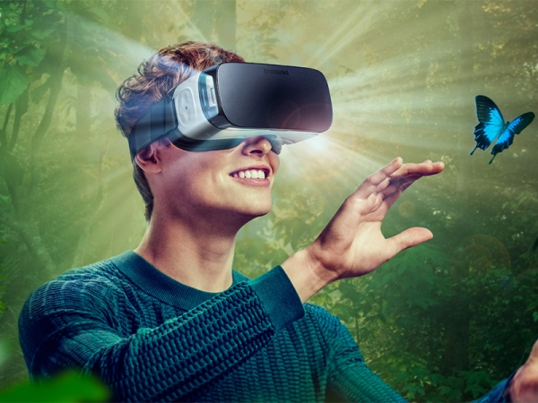 Come provare la realtà virtuale su iPhone e Android, i migliori video per VR e quale visore 3D scegliere